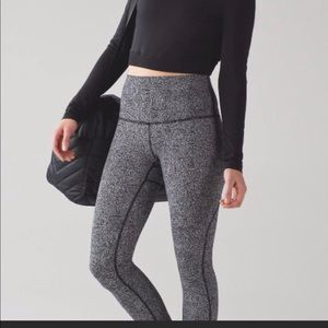 Lululemon crop leggings sz 10
